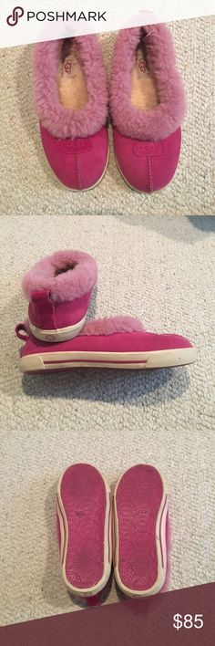 UGG Australia pink shoes with fur These shoes are in excellent condition they just need wiped off. UGG Shoes Slippers