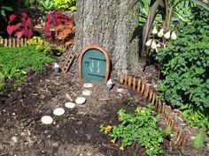 fairy garden pictures - Yahoo! Search Results I REALLY like this! Can do this anywhere and make people smile!!  Check my profile often for new stuff!
