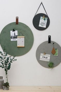 Memobord van kurk en velvet, verkrijgbaar in 3 maten en 3 kleuren. Extra veelzijdig want ze zijn dubbelzijdig te gebruiken. Mix and match! #wonenvoorjou Home Living Room, Living Room Decor, Bedroom Decor, Wall Decor, Diy Interior, Interior Design Living Room, Interior Styling, Decoration, Home Projects
