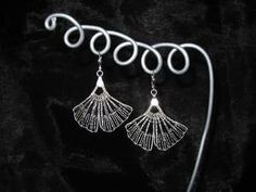 Ohrringe Gingko geklöppelt aus Silber 925