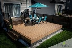 This amazing deck colors is surely an inspirational and magnificent idea Small Patio Design, Backyard Patio Designs, Backyard Landscaping, Small Backyard Decks, Backyard Seating, Patio Balcony Ideas, Windsor Homes, Patio Plans, Deck Colors