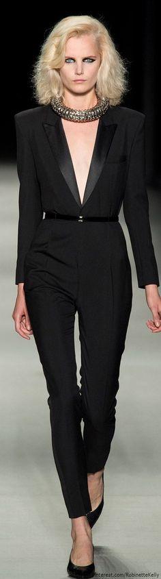 Saint Laurent Spring 2014 Ready-to-Wear Collection - Vogue Fashion Week, Runway Fashion, High Fashion, Fashion Show, Womens Fashion, Fashion Design, Fashion Trends, Paris Fashion, Fashion Fashion
