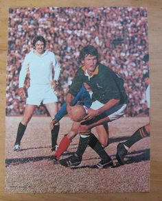 Morné du Plessis is a former South African rugby union player often described as one of the Springboks' most successful captains Rugby League, Rugby Players, Rugby Pictures, South African Rugby, International Rugby, Team Photos, African History, Real Man, Childhood Memories