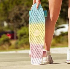 Rollin' with our Penny Skateboard Penny Skateboard, Board Skateboard, Skateboard Design, Skateboard Girl, Penny Board Tumblr, Penny Boards, Penny Board Girl, Custom Penny Board, Pastel Penny Board