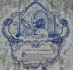Padeira de Aljubarrota – Wikipédia, a enciclopédia livre - Brites de Almeida, a Padeira de Aljubarrota, foi uma figura lendária e heroína portuguesa, cujo nome anda associado à vitória dos portugueses, contra as forças castelhanas, na batalha de Aljubarrota (1385). Com a sua pá de padeira, teria morto sete castelhanos que encontrara escondidos num forno. - pt.wikipedia.org