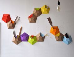 Cardboard Wallpockets: tasche da parete Cardboard Wall-pocket-01 – DesignBuzz