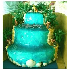 """using blue jello to make """"water"""" on cakes"""