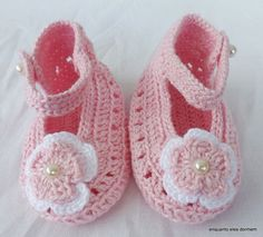 sapatinho de croche para bebe com grafico - Google Search