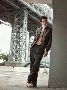 Simon Nessman viste perfectos looks de otoño para GQ Brasil - Male Fashion Trends