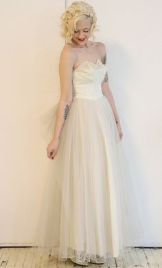1950s Wedding Dress // tulle & lace 50s wedding by dethrosevintage, $425.00