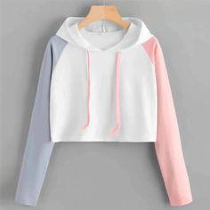 Hoodie Sweatshirts, Bts Hoodie, Crop Top Hoodie, Cropped Hoodie, Hoodie Outfit, Girls Fashion Clothes, Teen Fashion Outfits, Cute Fashion, Teenage Girl Outfits