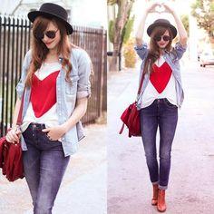 camisa c/ jeans escuro