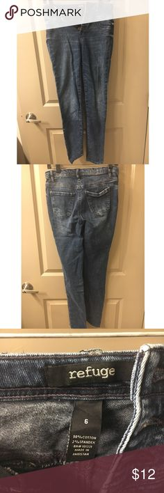 Dark Skinny Jeans with Button Front Closure Only worn a handful of times! They just don't fit me well anymore. refuge Jeans Skinny