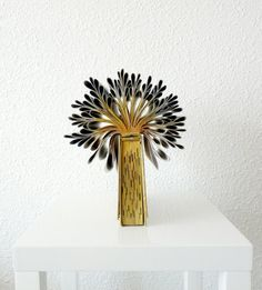 sculpture book tree