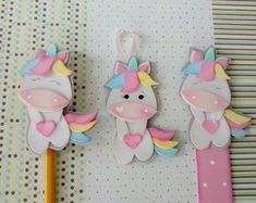 - Home Decor Ideas Kids Crafts, Foam Crafts, Yarn Crafts, Diy And Crafts, Arts And Crafts, Free School Supplies, Unicorn Baby Shower, Pencil Toppers, Unicorn Crafts
