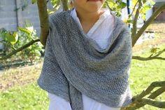 Syrma - un châle texturé - Modèles de tricot chez Makerist