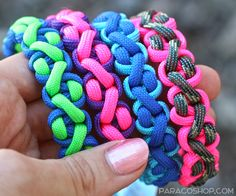 Jagged Peak Bracelets — one of our unique, stylish weaves. Made with 550 paracord. #paracord #bracelet #survival