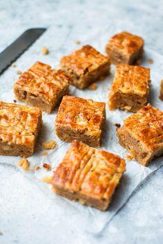 Dutch Recipes, Sweet Recipes, Cookie Recipes, Dessert Recipes, Pie Cake, Pie Dessert, Sweet Cakes, I Love Food, Cake Cookies