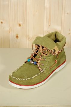 05dca1f220d84b 16 Best Shoes.. images