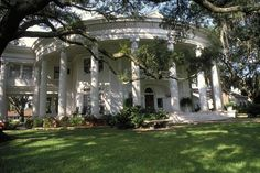 The Crescent - Valdosta, Georgia...we didn't have sorority houses, so we used places like this for recruitment!