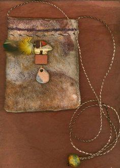 Pueblo  wet felted bag van ThistleWoolworks op Etsy, $95.00