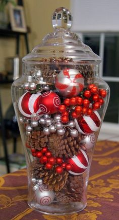One Glass Jar, Two Easy Holiday Centerpieces