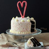 Love Bakes Good Cakes: More Than 75 Peppermint Recipes!