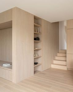Thomas-McBrien adds reading nook and a hidden room to London house Home Interior, Interior Architecture, Interior Design, London House, House Extensions, Maine House, Reading Nook, Minimalist Home, Built Ins
