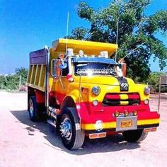 Gorgeous 1953-56 Dodge dump truck in Colombia