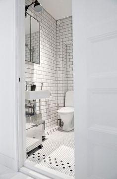 "Black and White tile bathroom - I like the black ""border"" with the white tiles Bathroom Renos, White Bathroom, Modern Bathroom, Small Bathroom, Fully Tiled Bathroom, Bathroom Tiling, Basement Bathroom, Bad Inspiration, Decoration Inspiration"
