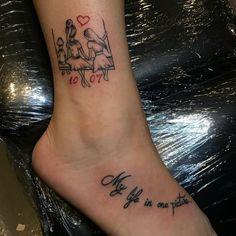 Tatuagem para filhos: 90 ideias para gravar seu amor de mãe na pele Hand Tattoos, Mom Tattoos, Cute Tattoos, Small Tattoos, Tatoos, Mother Daughter Tattoos, Tattoos For Daughters, Elephant Tattoo Meaning, Tattoo Mutter