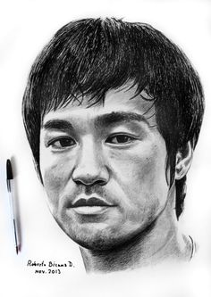 Art by Roberto Bizama Bruce Lee Portrait Sketches, Pencil Portrait, Art Drawings Sketches, Portrait Art, Cartoon Drawings, Amazing Drawings, Colorful Drawings, Bruce Lee Pictures, Realistic Face Drawing