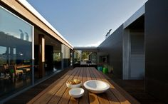 House in the Mornington Peninsula, Australia by the architectural firm SJB. 8