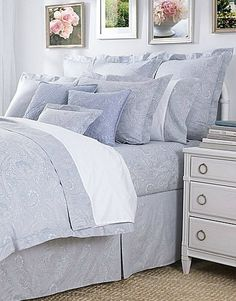 Diagenesis Pale Light Blue Comforter