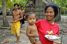 Cambodia. Koh Kong. Fishing family