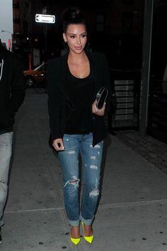 Kim Kardashian - The Kardashians Walk Around NYC