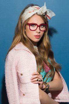 Latest Eyewear Trends: 2019 Most Popular Fashion Frames - Vint&York Red Eyeglasses, Eyeglasses Frames For Women, Sunglasses Women, Vintage Sunglasses, Trending Glasses Frames, Glasses Frames Trendy, Red Frame Glasses, Fake Glasses, Eyewear Trends