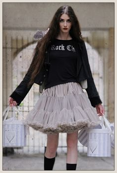https://www.angels-face.co.uk/tutu-skirts/31-silver-cloud-tutu-4446760000021.html