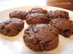 Sunflower Seed Cinnamon Raisin Chocolate Chip Cookies and more of the best paleo chocolate chips cookies recipes on MyNaturalFamily.com #paleo #cookies #recipe