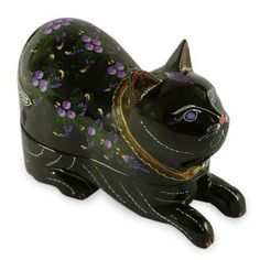 Lacquered 'Blue-eyed Kitty Cat' Wood Box (Thailand)