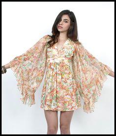 Vtg 70s Florals Print KIMONO Angel BELL Sleeves Hippie Mini Dress XS/S | eBay