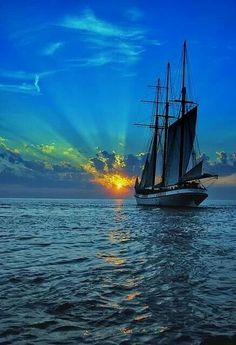 I'd love to see the Tall Ships of yesteryear one more time before I go to heaven - they are so very beautiful Beautiful Sunset, Beautiful World, Beautiful Places, Beautiful Scenery, Tall Ships, Old Sailing Ships, Sail Away, Set Sail, Water Crafts