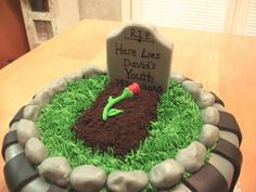 Birthday Cakes For Men - Search 30th Birthday Cakes For Men, 40th Cake, Hubby Birthday, Birthday Ideas, Funeral Cake, Cupcake Cakes, Cupcakes, Cupcake Ideas, Fondant Cakes