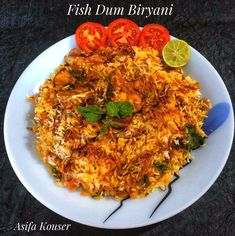 Easy and quick fish biryani recipe. Fish Biryani, Dum Biryani, Best Fish Recipes, Indian Food Recipes, Ethnic Recipes, Vegetarian Recipes Dinner, Dinner Recipes, Briyani Recipe, Quick Fish