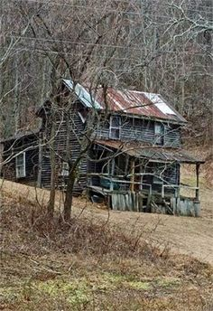 70 Abandoned Old Buildings.. left alone to die, Old Mountain Farm House