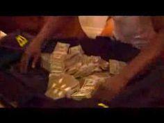Floyd Mayweather Counts $1,000,000