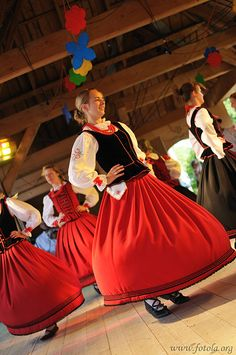 Folk costume from Orawa region, Poland. Folk Costume, Costumes, Popular, Art Populaire, Poland, Marie, Culture, Disney Princess, Reference Images
