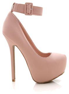 773ef0c40e45 Really cute shoes !!! Cute ShoesHuntingHeeled ...