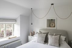 Interior Architecture and Interior Design Project | Cotswold Country House — Gunter & Co Cotswold Cottage Interior, English Cottage Exterior, Cotswold House, Country Cottage Interiors, Simple Interior, Luxury Interior Design, Interior Architecture, Building Renovation, Cottage Renovation