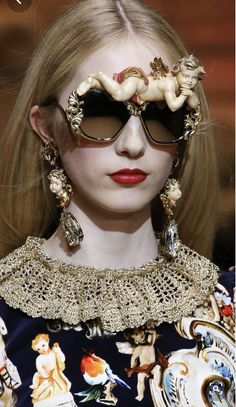 ideas for fashion art vogue dolce & gabbana Arte Fashion, Moda Fashion, Runway Fashion, High Fashion, Ideias Fashion, Fashion Show, Fashion Design, Fashion Trends, Fashion Fashion